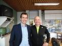 Nach dem Vortrag trafen sich Dr. Björn van Roye und Peter Tholl.