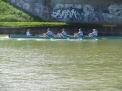 Die WKIII-Mädchen  überqueren als Erste die Ziellinie.